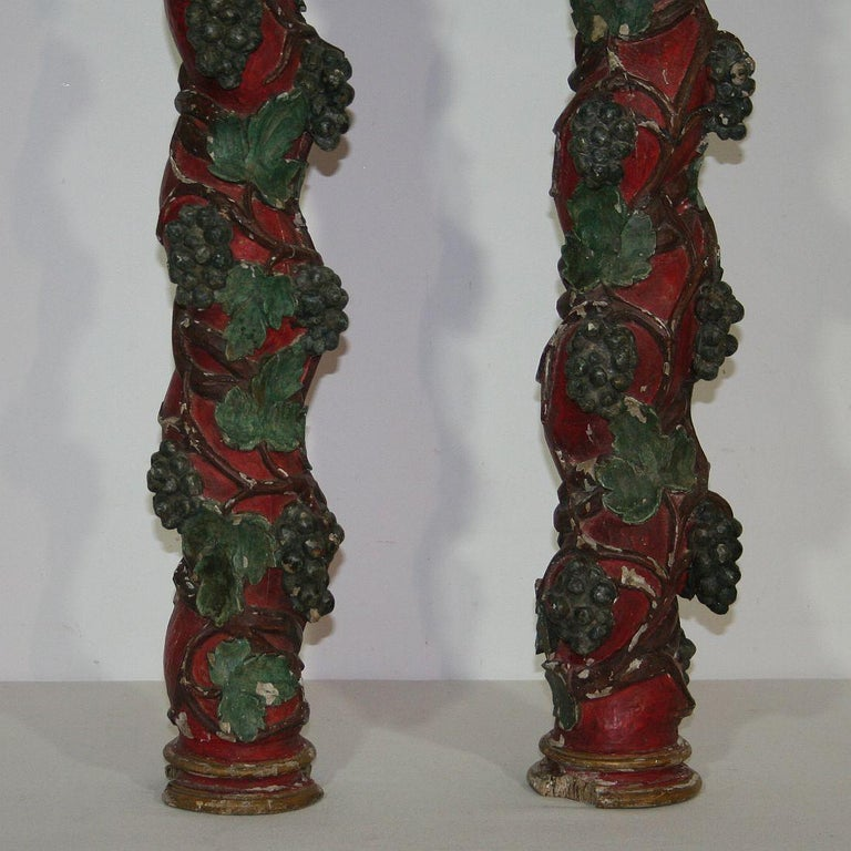 Pair of 18th Century Spanish Hand Carved Wooden Columns For Sale 4
