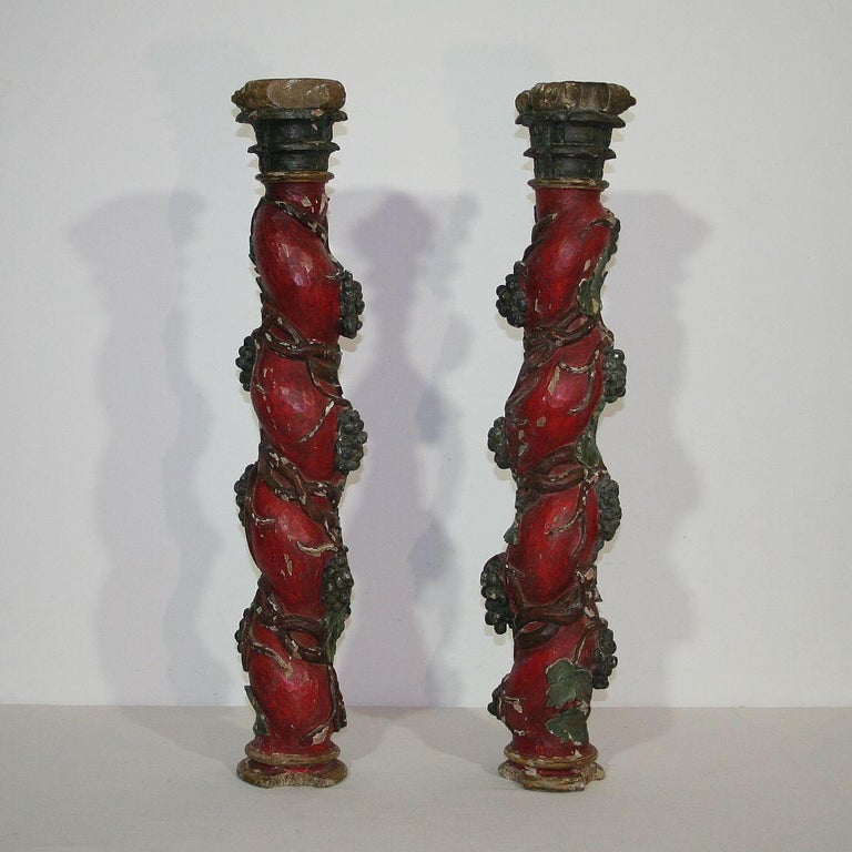 Baroque Pair of 18th Century Spanish Hand Carved Wooden Columns For Sale