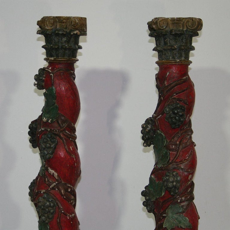 Pair of 18th Century Spanish Hand Carved Wooden Columns For Sale 2