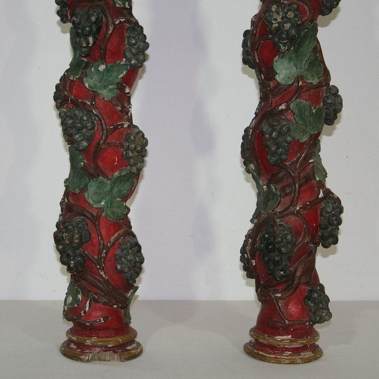 Pair of 18th Century Spanish Hand Carved Wooden Columns For Sale 3