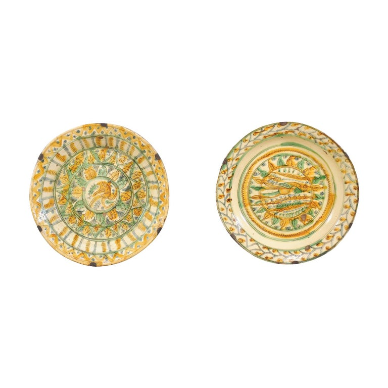 Pair of 18th Century Spanish Majolica Platters, Bird & Leaf Motif in Jewel Tones For Sale