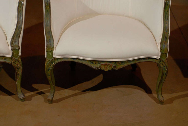 Italian Pair of 18th Century Venetian Painted Bergere Chairs For Sale