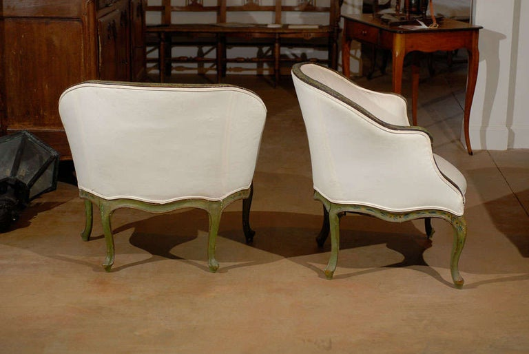 Pair of 18th Century Venetian Painted Bergere Chairs In Good Condition For Sale In Atlanta, GA