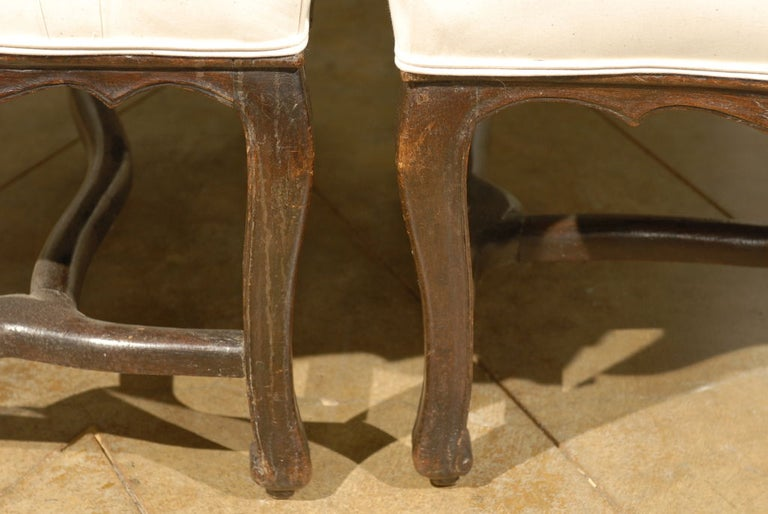 French Pair of 18th Century Walnut Arm Chairs from Rhone Valley For Sale