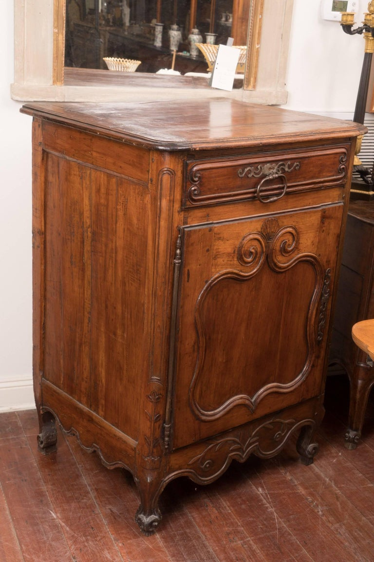 18th Century and Earlier Pair of 18th Century Walnut Buffets For Sale