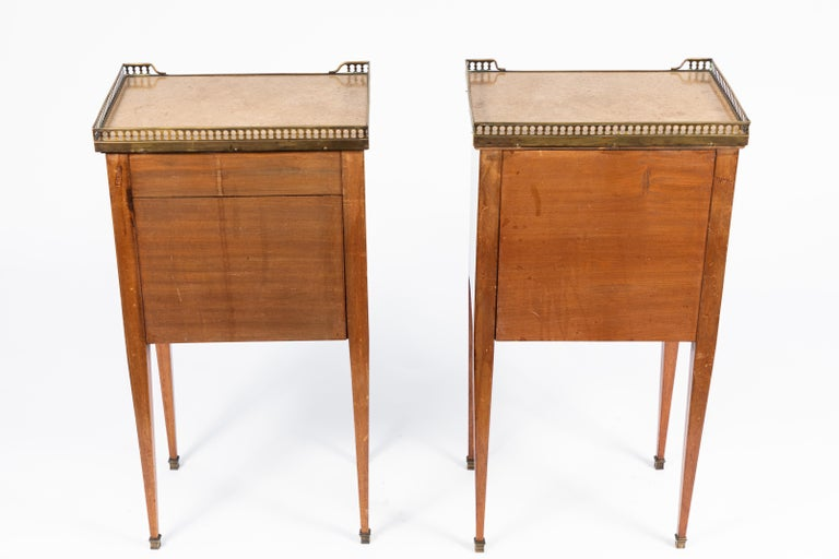 Pair of 1900s French Marble-Topped End Tables 6