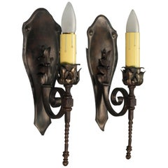 Pair of 1920s Single Sconces with Acanthus Leaf