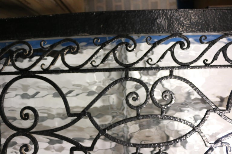 English Pair of 1920s Wrought Iron Pedestrian Gates For Sale