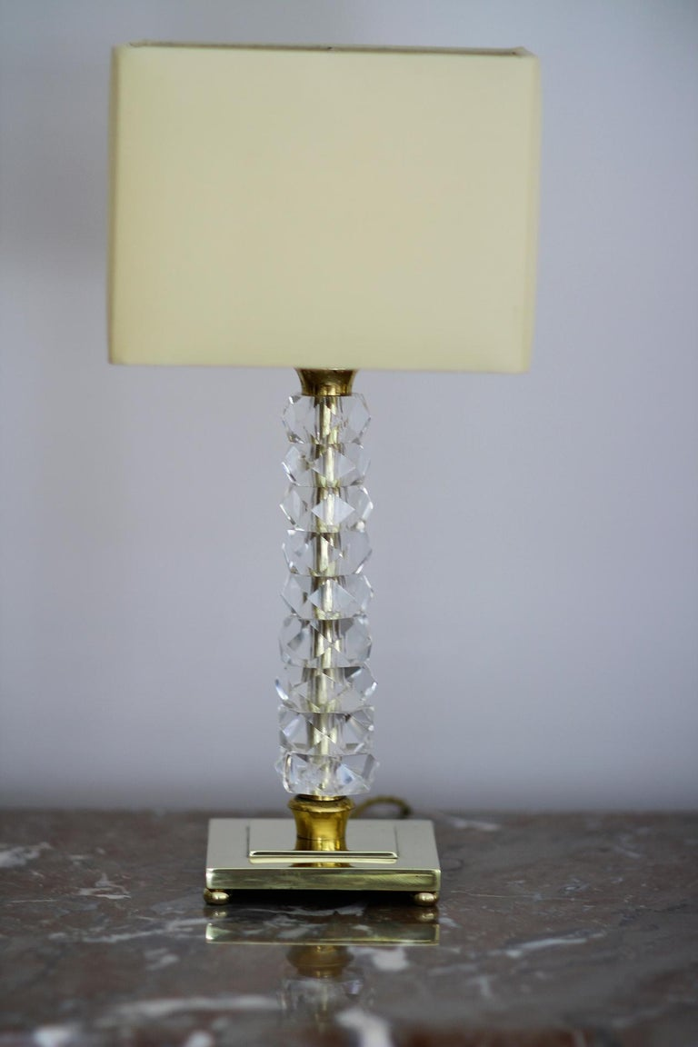French Pair of 1930s Bronze and Crystal Lamps from Prince De Galles Hotel For Sale