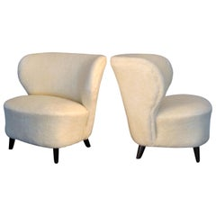 Pair of 1940s Finnish Curved Wingback Lounge Armchairs in Soft Lambskin Fabric