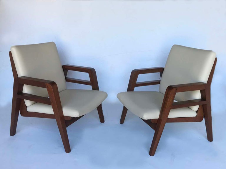 Pair of 1940s French Mahogany and Leather Armchairs For Sale 5