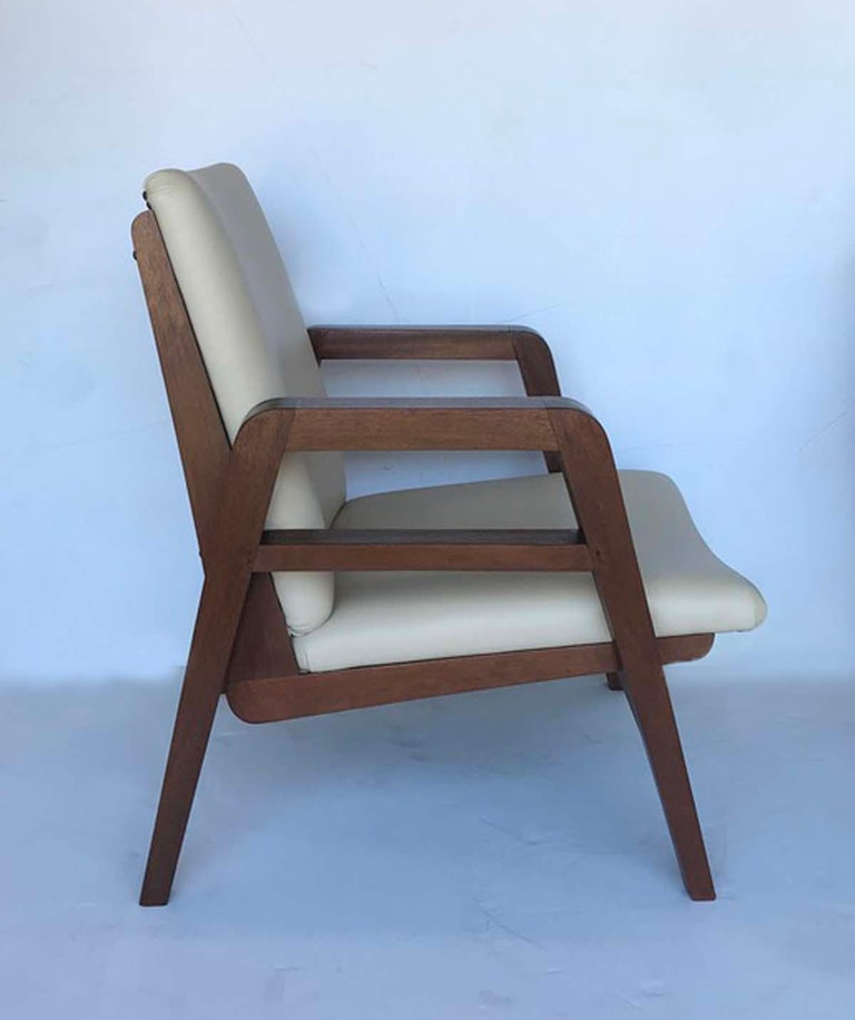 Mid-Century Modern Pair of 1940s French Mahogany and Leather Armchairs For Sale