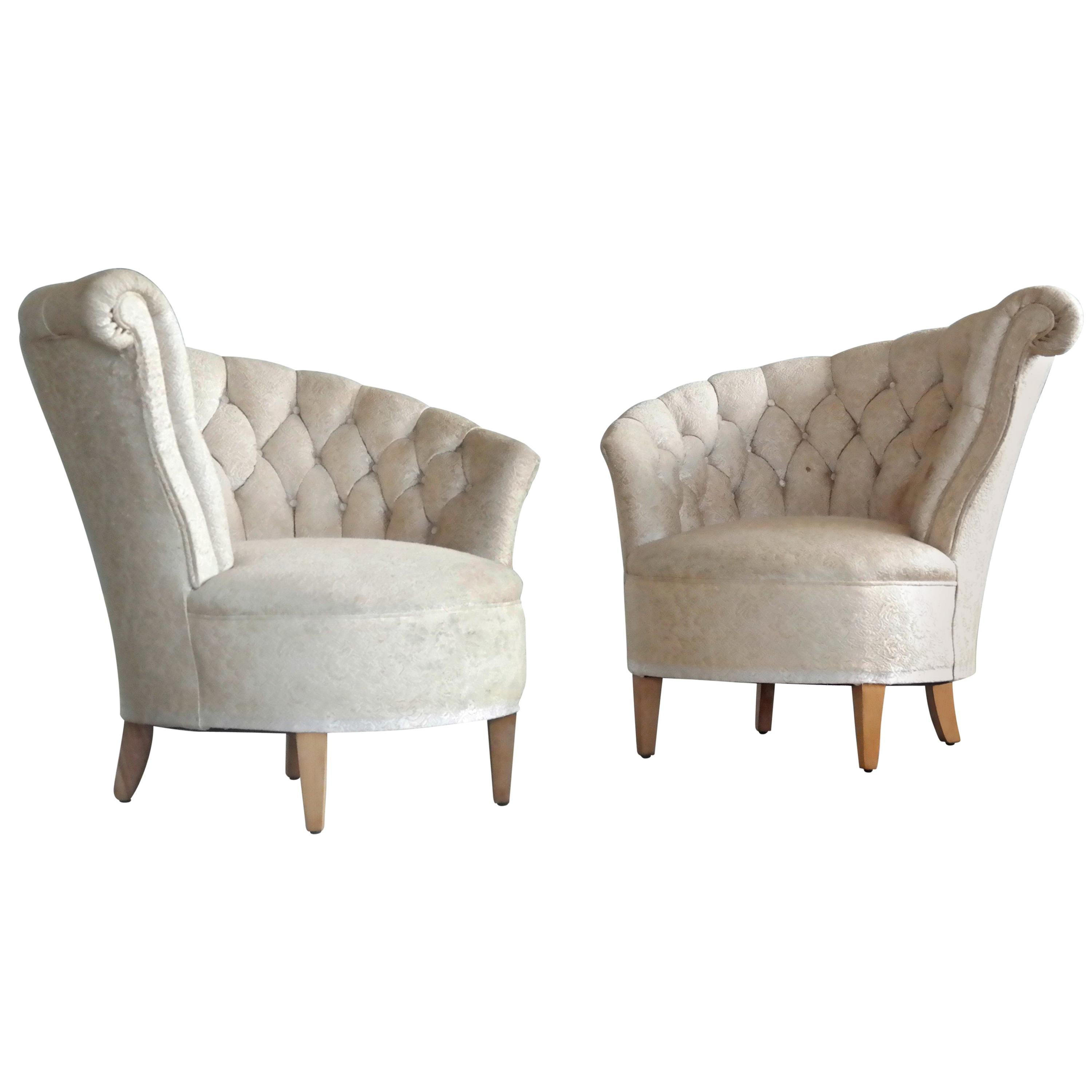 Pair of 1940s Hollywood Regency Asymmetrical Fan Back Tufted Lounge Chairs