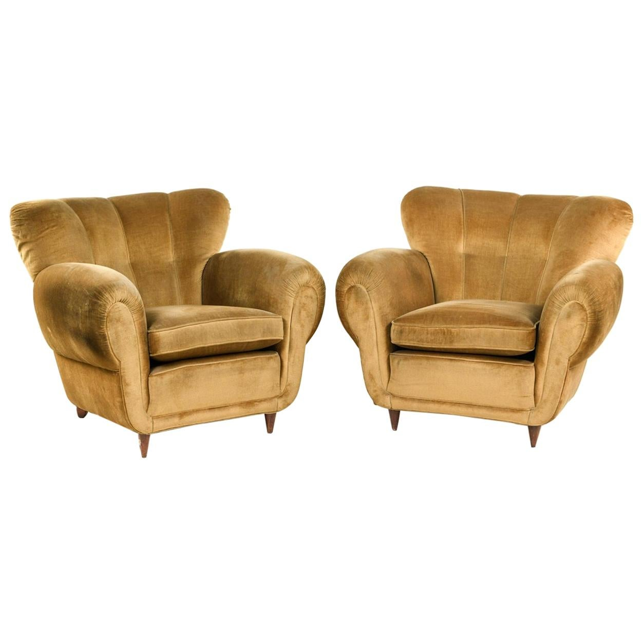 Pair of Large 1940s Italian Lounge Chairs Attributed to Guglielmo Ulrich