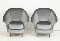 Pair of 1940s Italian Lounge Chairs in the Style of Gio Ponti in Velvet