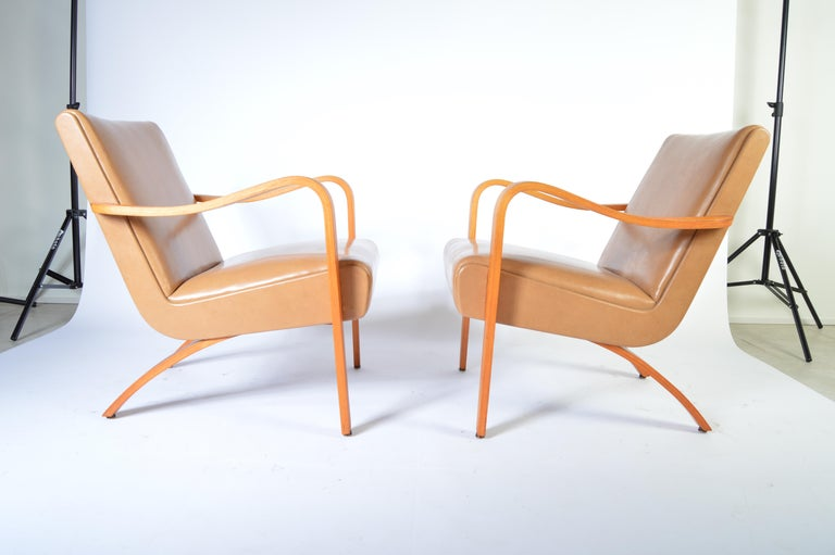 Awesome Pair Of 1940S Thonet Bentwood Lounge Chairs At 1Stdibs Spiritservingveterans Wood Chair Design Ideas Spiritservingveteransorg