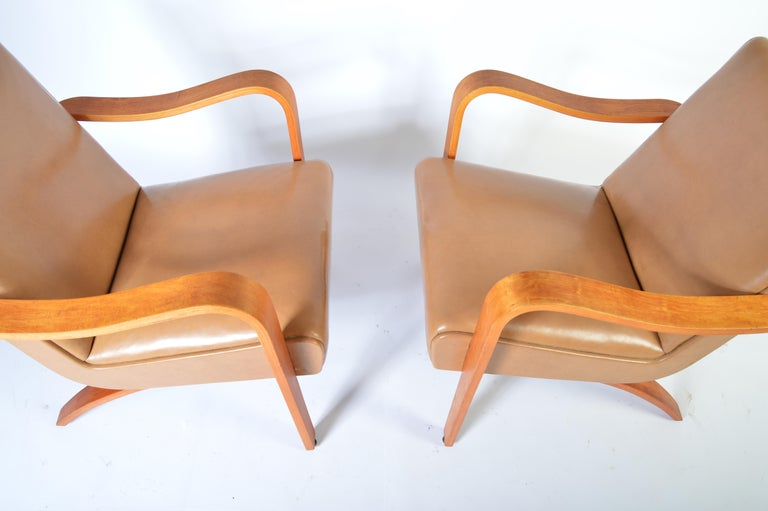 Tremendous Pair Of 1940S Thonet Bentwood Lounge Chairs At 1Stdibs Gmtry Best Dining Table And Chair Ideas Images Gmtryco