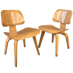 Pair of 1948 Eames for Herman Miller Evans Production Ash DCW Chairs