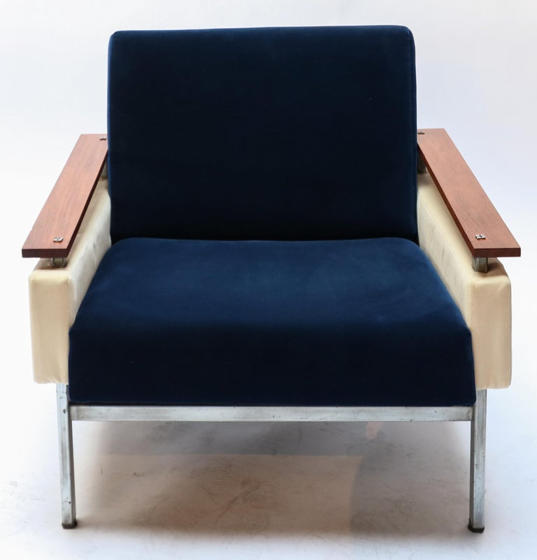 Mid-20th Century Pair of Brazilian Caviuna Two-Tone Blue and Beige Velvet Armchairs, 1950s For Sale