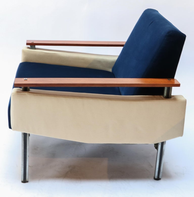 Mid-Century Modern Pair of Brazilian Caviuna Two-Tone Blue and Beige Velvet Armchairs, 1950s For Sale
