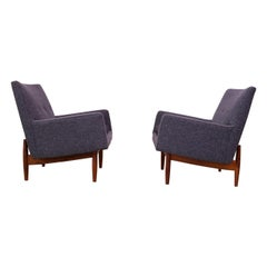 Pair of 1950s Floating Walnut Lounge Chairs by Jens Risom