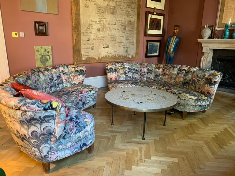 Mid-Century Modern Pair of 1950s German Scalloped Curved Sofas in Beata Heuman Marbleised Fabric For Sale