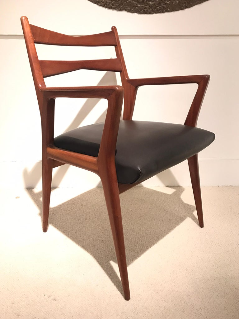 Pair of 1950s Italian Armchairs For Sale 4