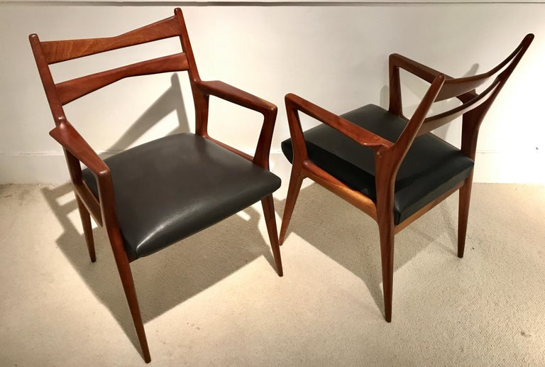 Pair of 1950s Italian Armchairs For Sale 7