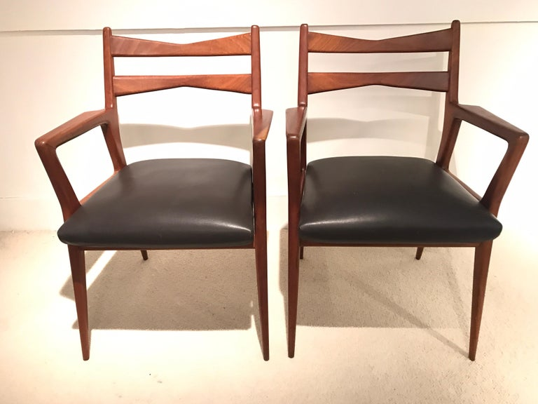Pair of 1950s Italian Armchairs For Sale 1