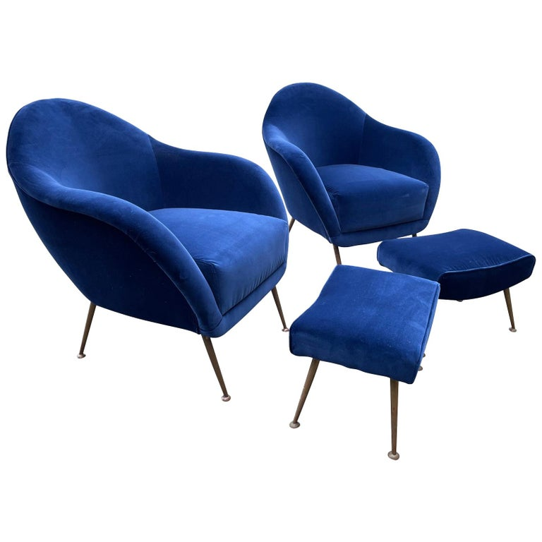 Pair of 1950s Italian Armchairs with Matching Ottomans Reupholstered in Velvet For Sale