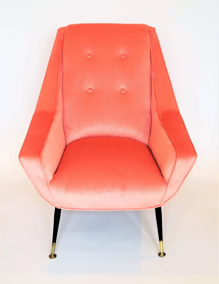 Mid-Century Modern Pair of 1950s Italian Lounge Chairs in the Style of Gigi Radice For Sale