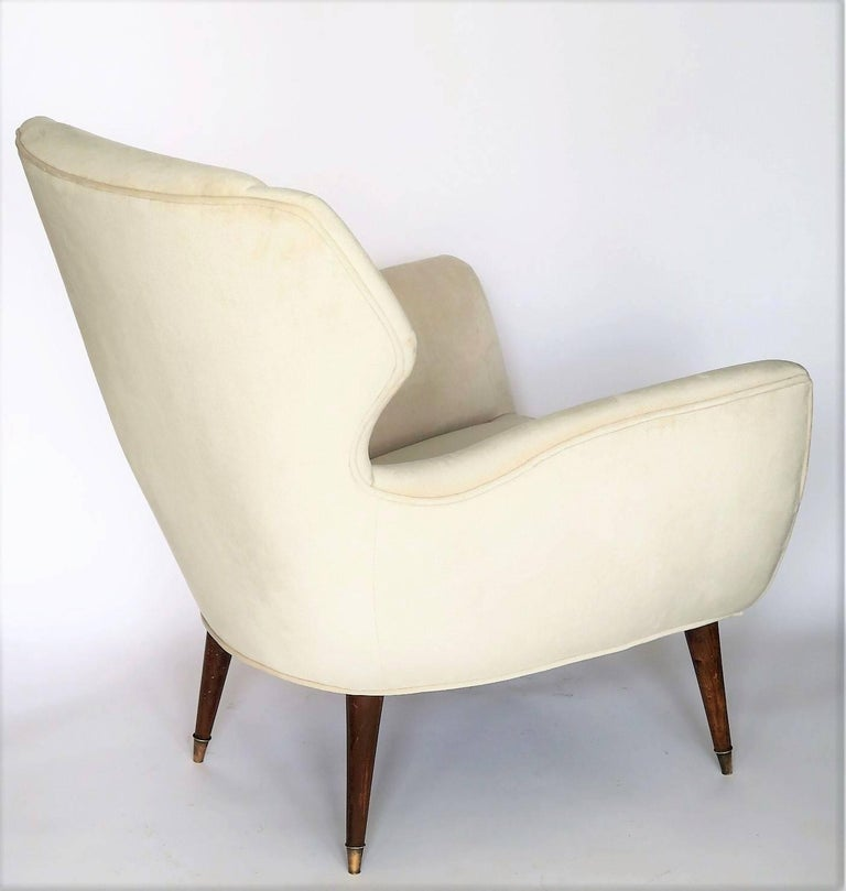 Brass Pair of 1950s Italian Lounge Chairs in the Style of Ico Parisi in Velvet For Sale