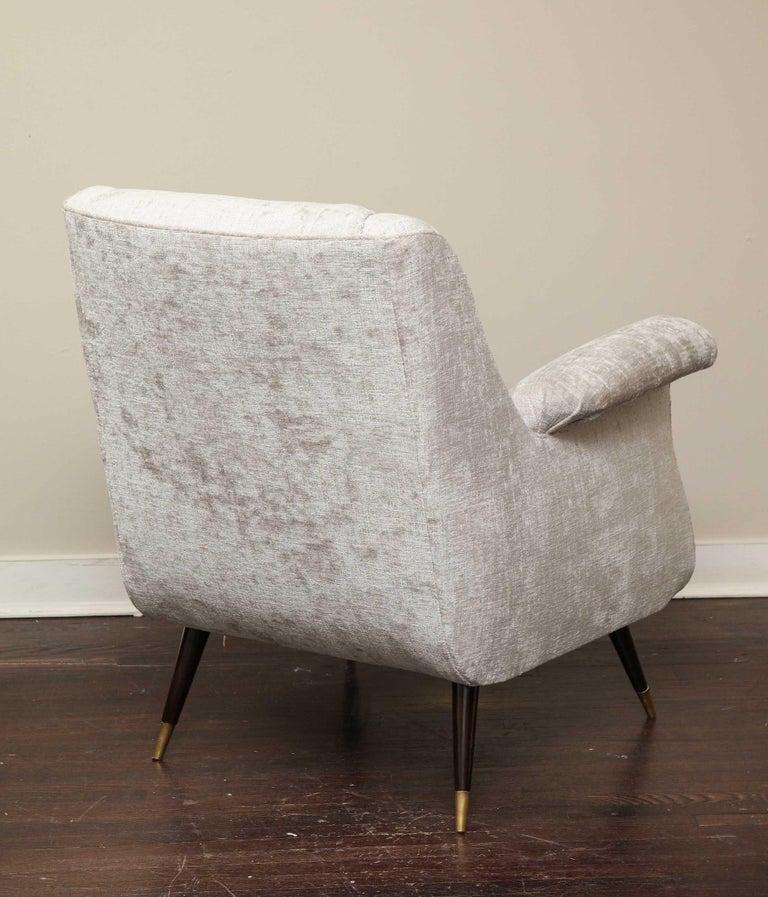 Pair of 1950s Italian Petite Rolled Armchairs in Platinum Velvet For Sale 5