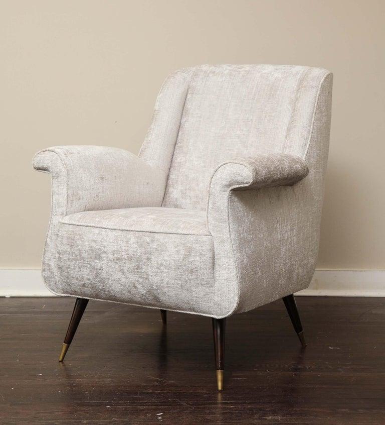 Pair of 1950s Italian Petite Rolled Armchairs in Platinum Velvet For Sale 2