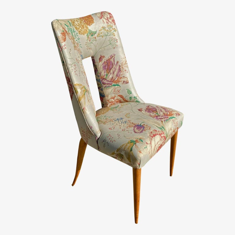 Pair of 1950s Italian Side Chairs, in Flowery Pastel Blue Upholstery For Sale 8