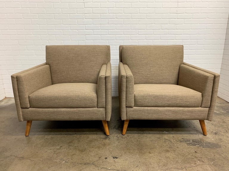 Pair of 1950s Lounge Chairs For Sale 3