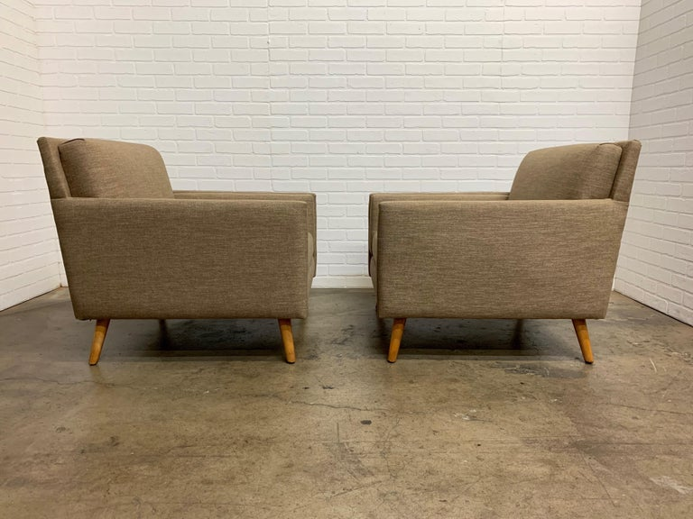 Mid-Century Modern Pair of 1950s Lounge Chairs For Sale