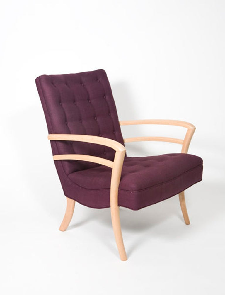 Chic pair of Italian armchairs, circa 1950s. Newly restored with blonde finish. Wood frame and aubergine raw silk bottom tufted upholstery. Measures: Seat height 17
