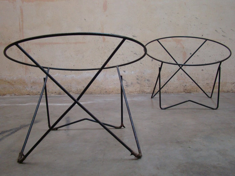 Pair of 1950s Outdoor Steel Hoop Poolside Lounge Chairs/ Paperclip Front Legs For Sale 1