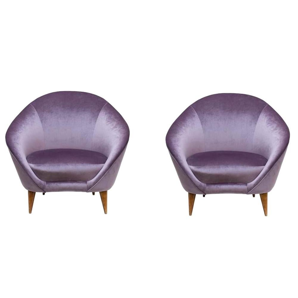 Pair of 1950s Purple Color Italian Curved Back Armchairs by Federico Munari