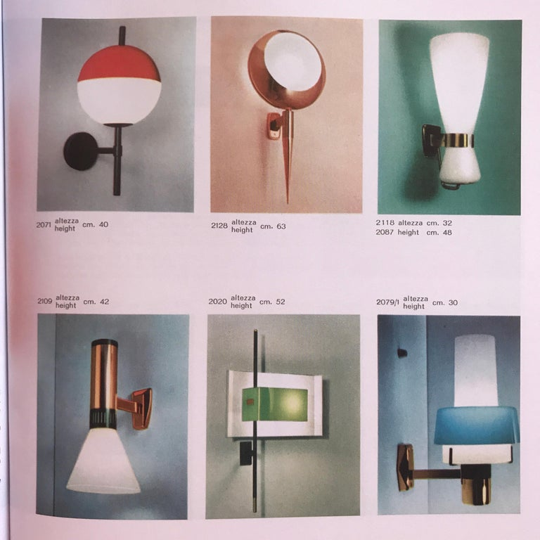 Mid-Century Modern Pair of 1950s Stilnovo Model 2079/1 Brass and Glass Sconces with Original Labels For Sale