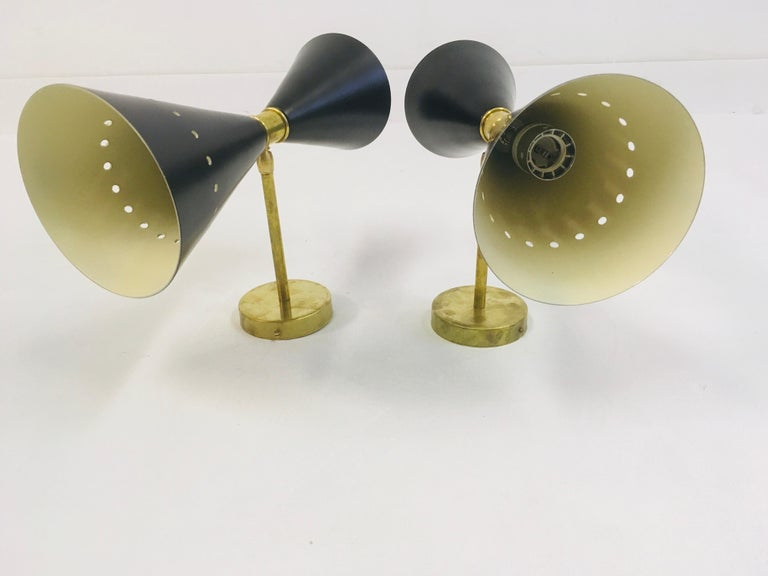 Pair of 1950s Style Italian Diabolo Wall Lights For Sale 3