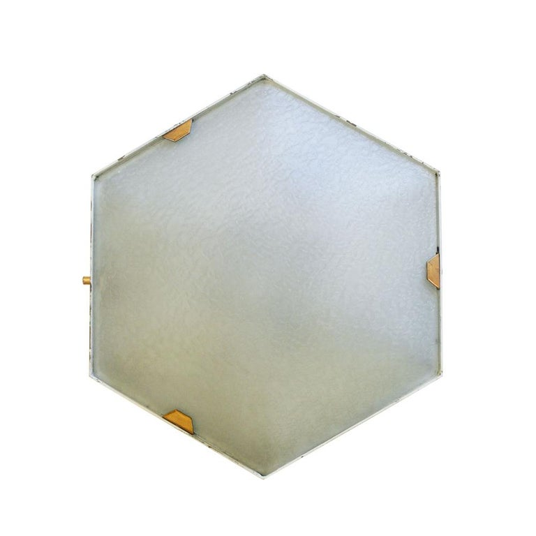 Mid-20th Century Pair of 1950s Wall Lights in Hexagonal Shape Brass White Lacquer by Stilnovo For Sale