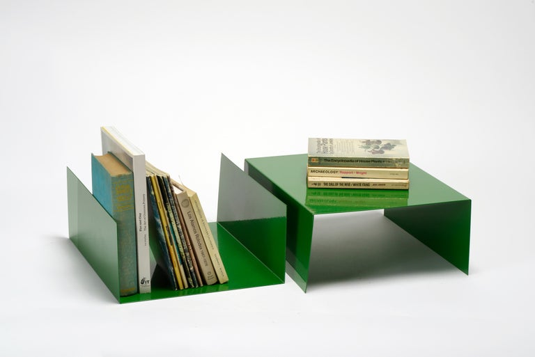 Mid-Century Modern Pair of 1960s Aluminum Paper Trays or Bookends Refinished in Kelly Green For Sale