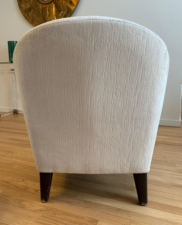 Pair of 1960s Armchairs in Cream Color Fabric, Newly Upholstered For Sale 3