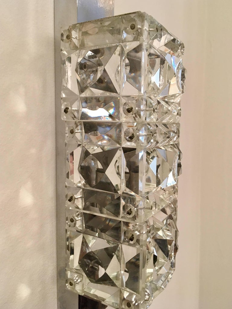 Pair of 1960s Austrian Crystal Kinkeldey Wall Lights In Excellent Condition For Sale In New York, NY
