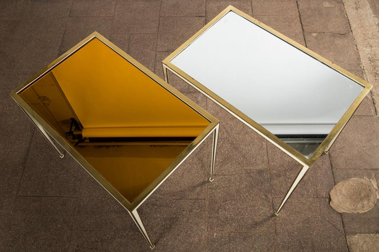 German Pair of Mid-Century side tables with Mirror Glass tops by Vereinigte Werkstätten For Sale