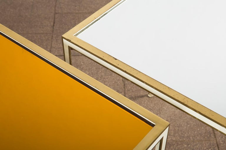 Pair of Mid-Century side tables with Mirror Glass tops by Vereinigte Werkstätten In Good Condition For Sale In Berlin, DE