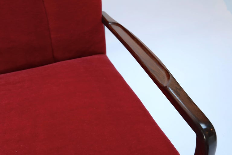 Pair of 1960s Brazilian Jacaranda Armchairs For Sale 2