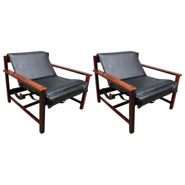 Pair of 1960s Brazilian Jacaranda Wood Reclining Lounge Chairs in Black Leather For Sale
